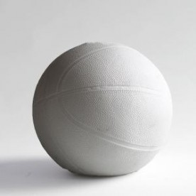 White Ball / Ballon de Porcelaine